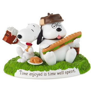 Snoopy Movie Handmade Sculpture - Leisure Time [Hallmark Snoopy Handmade Sculpture]