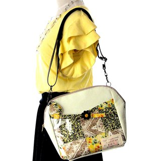 Super lightweight! Automatic ticket inspection through tailoring  Clear bag M