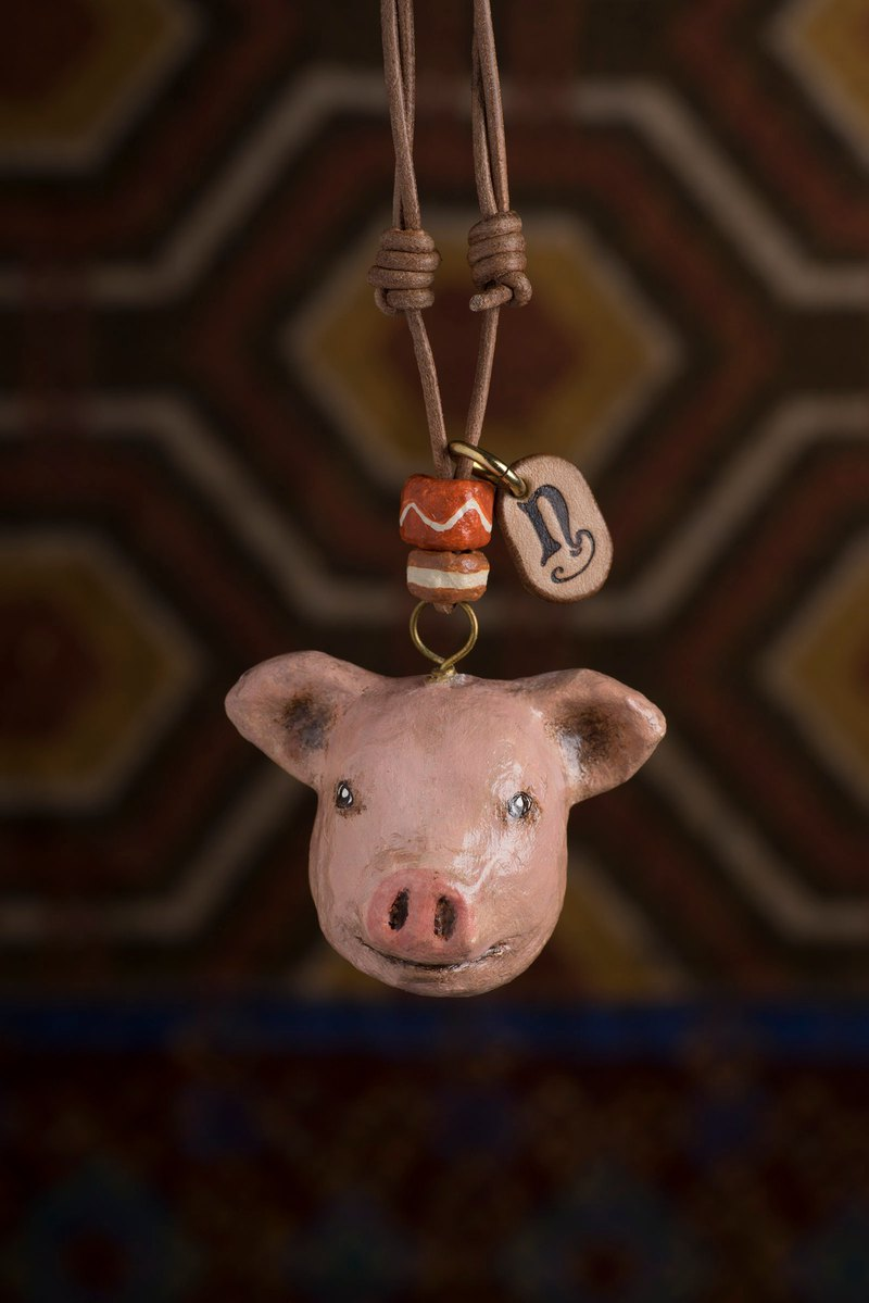 Piglet pendant necklace / animal items 錬