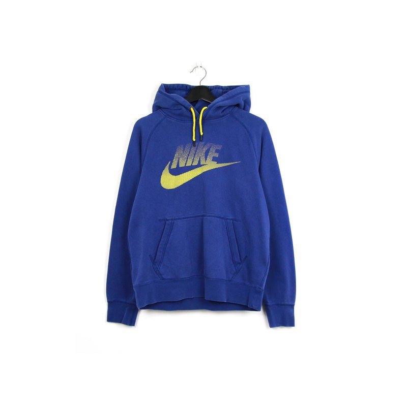 Back to Green:: Nike Yellow Gradient LOGO University T// Sweatshirt