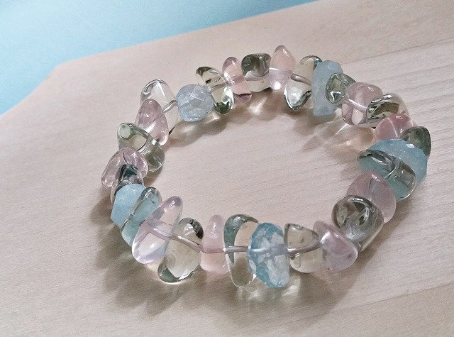 Free and comfortable - Green Amethyst + Ice Lotus + Hydrangea amorphous bracelet Hong Kong original design