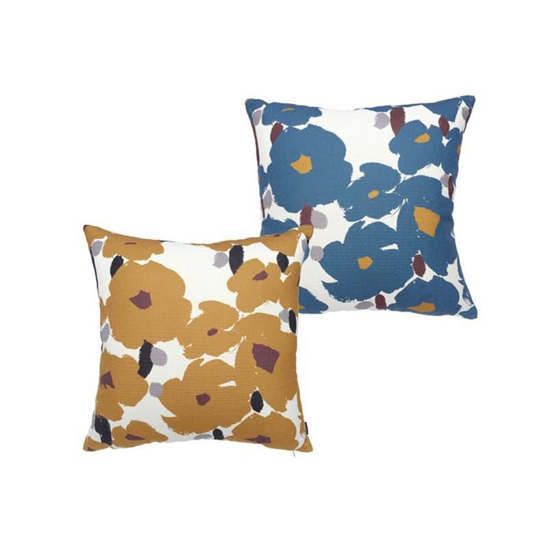 [draft / ciaogao] original design Nordic style pillowcase flowers high mountains