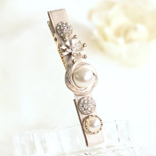 Stylish Pearl Decoration Hair Clip