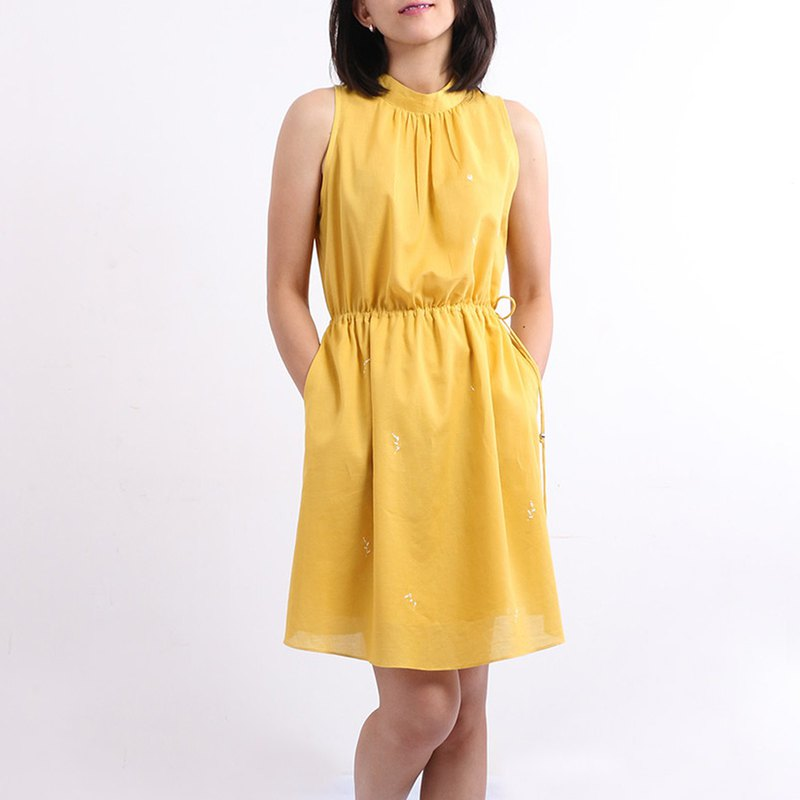 Cotton Hand Embroidered Midi Dress / Yellow