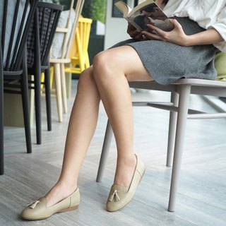 RIZA; Easy Going Loafer, Genuine Leather with Arch Support (NUDE)