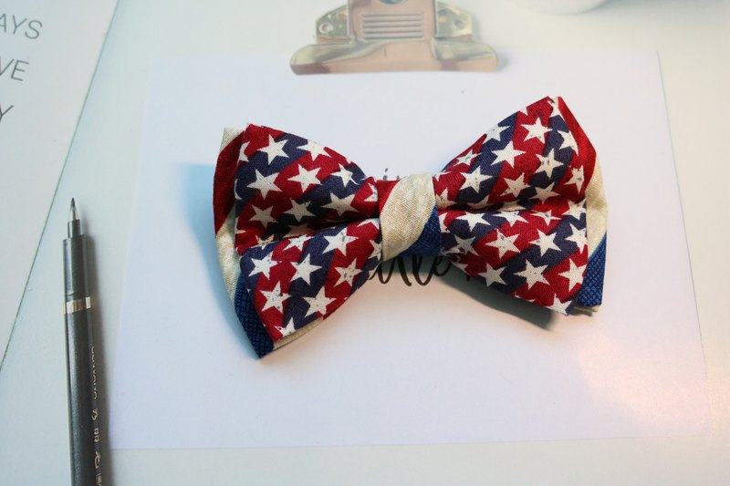 American double star tie with British wind bow