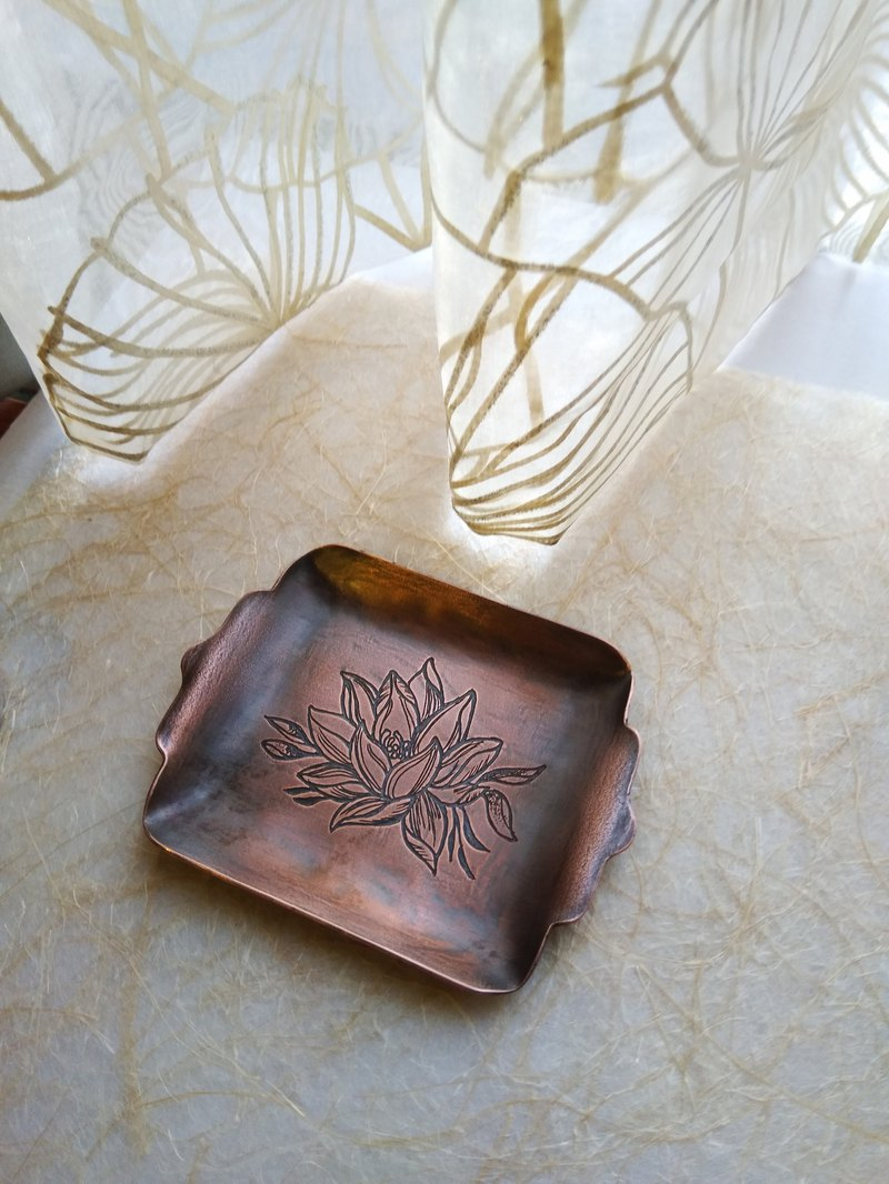 【daily. Handmade copper small dish - lotus