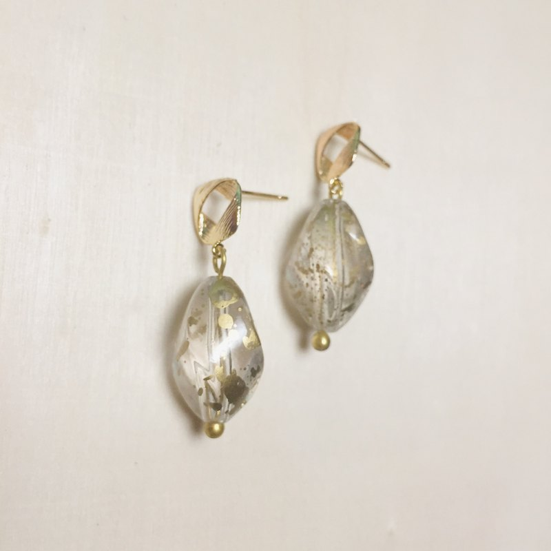 Vintage gold splash ink transparent earrings