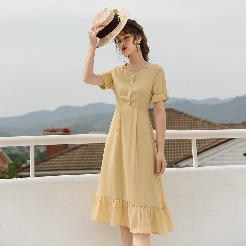 [thin section] Anne Chen yellow dress summer small fresh lotus leaf skirt French platy skirt 9413