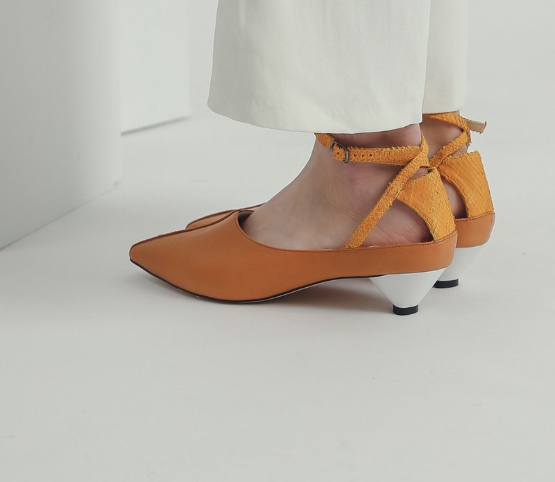 Followed by a special tangent ankle leather low heel orange
