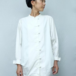OMAKE buckle small stand collar shirt / white