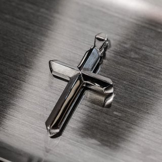 925 Silver - Beveled Cross (Large)