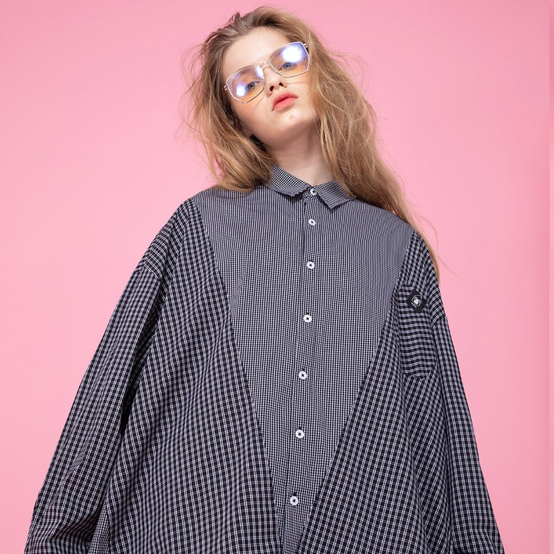 UNISEX  IRREGULAR STITCHING CONTRAST SHIRT / Black White Plaid