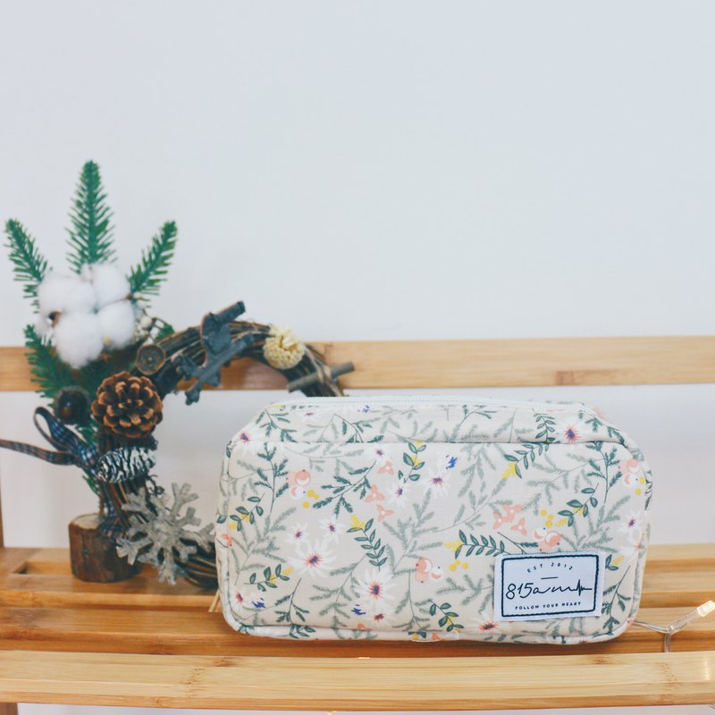 Grove Floral Pencil/Cosmetic Bag | 815a.m