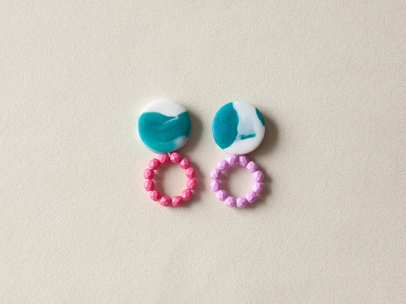One point only / small ring earrings / earrings