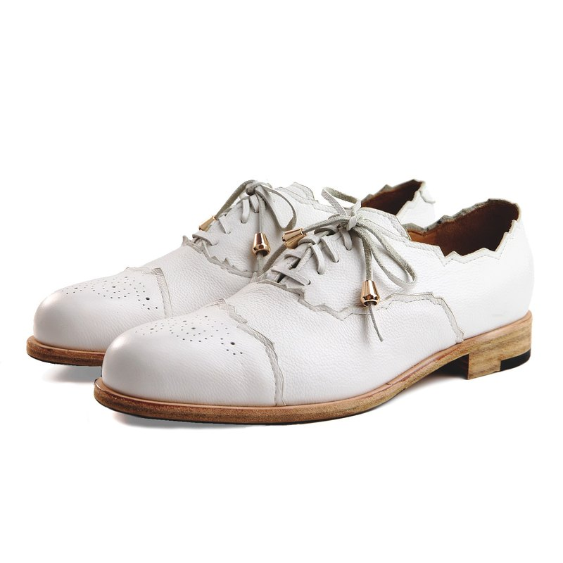 Sweet Villians M1168 手工真皮素面雕花牛津鞋 白色