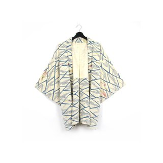 Back to Green-Japan with back feathers weave blue bamboo leaves / vintage kimono
