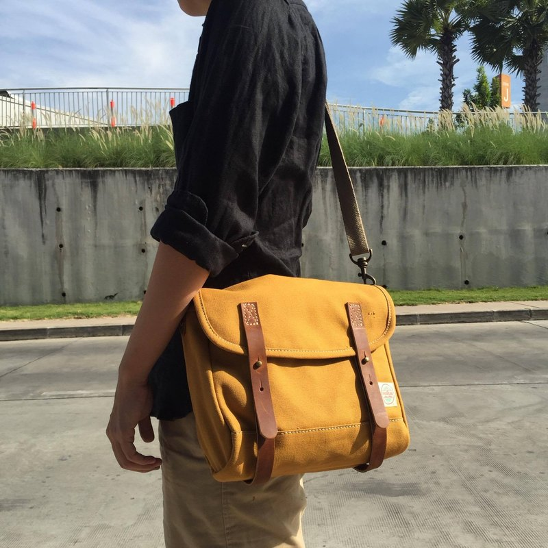 New Mustard Mini Messenger Bag / Canvas Satchel Bag Vintage Style
