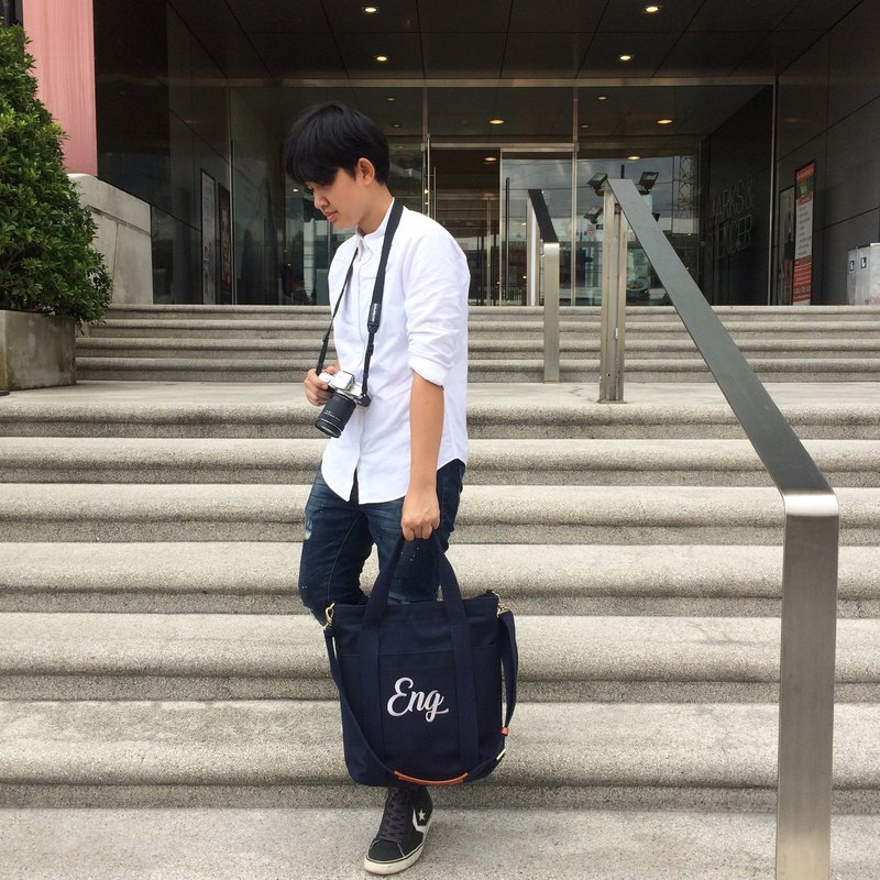 Boyfriend Canvas Bag / Dark blue