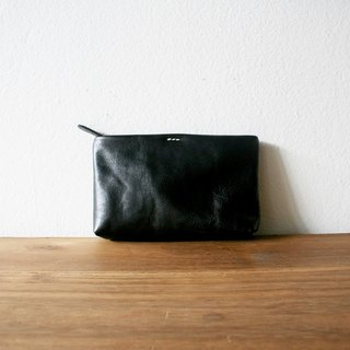 Small Leather Clutch Bag / Black Purse