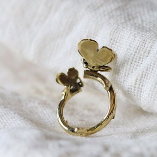 Butterfly with Branch ring / Brass Ring / Golden Butterfly Ring / Everyday Jewelry / Gold Ring / Butterfly Ring.