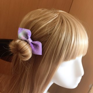 Elegant and windy bow. Hair bundle / hair clip
