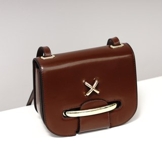 [Hong Kong, Macao and Taiwan] MBS Sugi made leather saddle bag Ms. Messenger bag