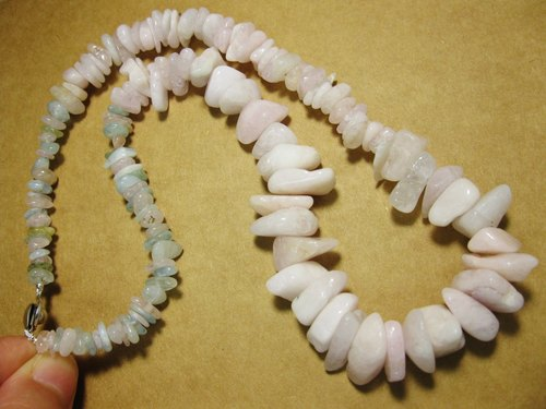 muso: Pink + color pillar (also known as Morgan stone) necklace, lovely atmosphere ~ Morganite. Natural special. Irregular