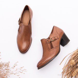 [Midnight Parade] Wipe the first layer of leather, simple side buckle elastic band ankle boots _ precipitation brown