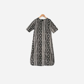 Dislocation vintage / black and white totem print dress no.482 vintage