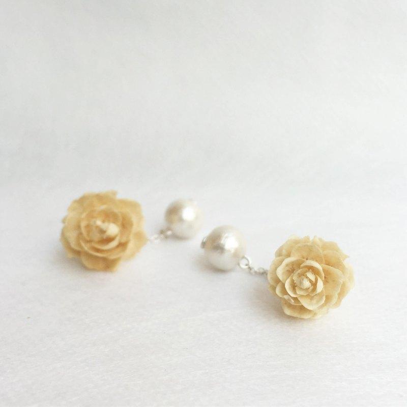《blossom W。森靈花飾》乾花乾果實製作 白松果純銀 耳環