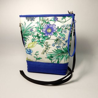 Flower pattern shop cotton oblique bag