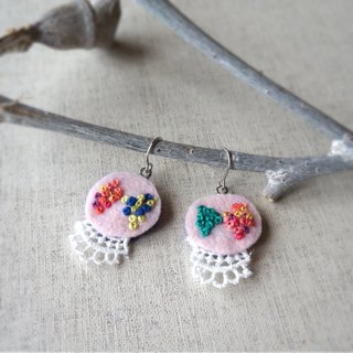 "Hand embroidery pierced earring""dot ribbon""[order-receiving production]"