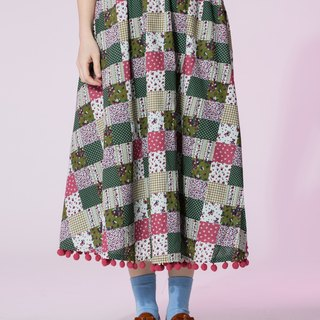 :EMPHASIZE hem ball ball quilting patch over the knee skirt - green floral square