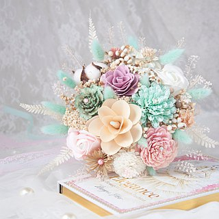 Tiffany Pink Dream Princess hit color dry bouquet/Bridal bouquet