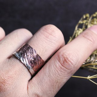 Red and silver two-tone texture ring