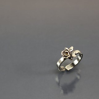Small flower package opening 925 silver ring