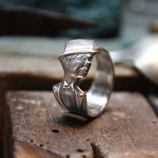 [METALIZE] 1930's CHARLIE McCARTHY spoon ring
