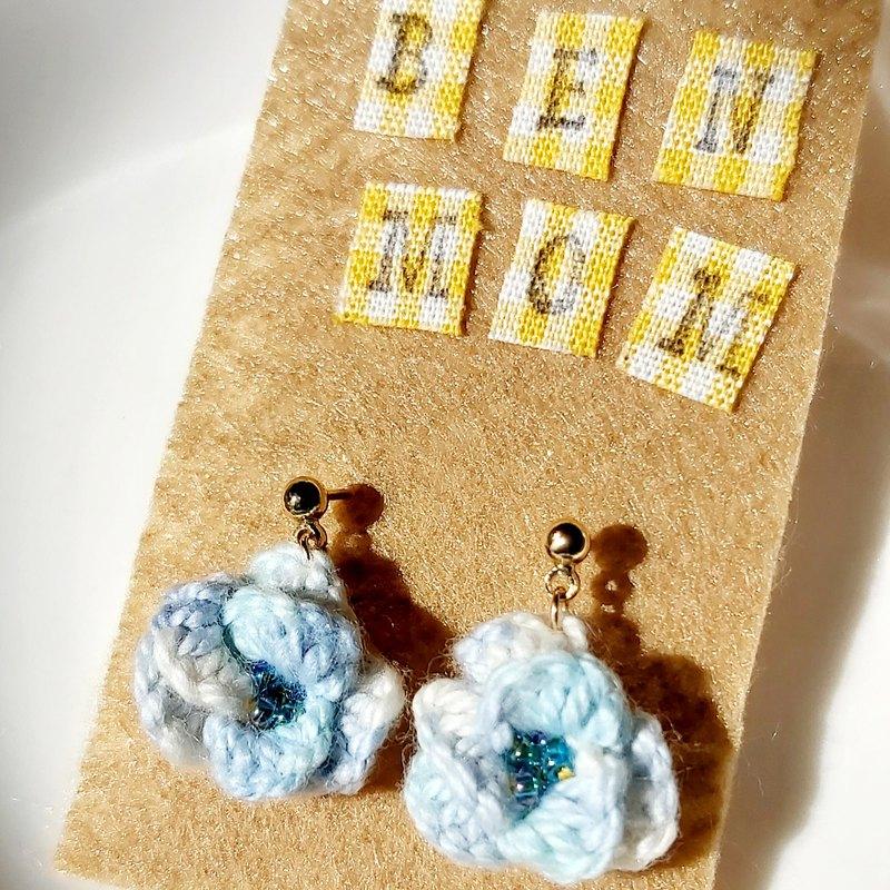 手編織立體繡花耳針