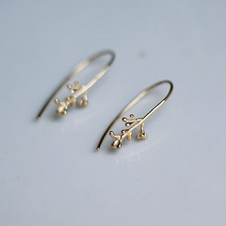 オリーブのつぼみのピアス Olive flower buds pierced earrings