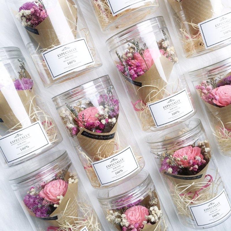 粉紅色 文青木玫瑰乾燥花束罐 聖誕禮物 捧花禮 回禮 畢業  生日