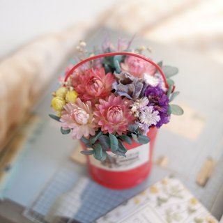 Unfinished | red buckets dried flowers small pots of flowers wedding small gifts gifts wedding arrangements bridesmaid house home furnishings photography props office healing small things Tanabata spot
