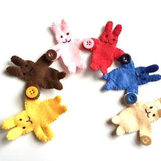 Cute felt rabbit button with practice educational toys