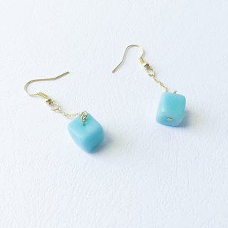 Cube Clay Hook Earrings - Jelly Mint