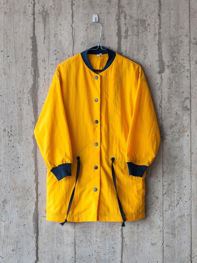 TACTEL COAT IN YELLOW 黃色長身風衣外套