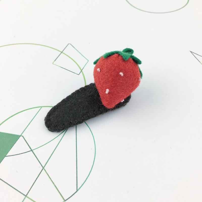 Strawberry three-dimensional hairpin