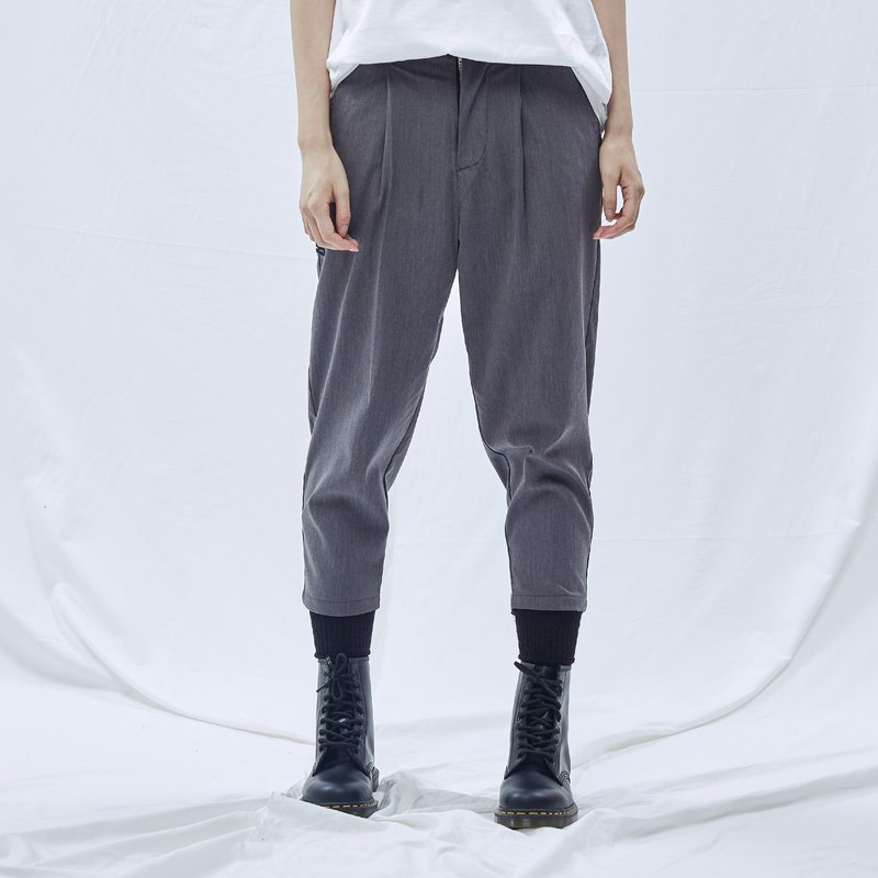 DYCTEAM - Semicolon Series Capri Pants (Gray)