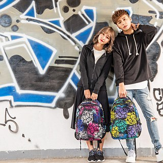"SOLIS Celebration Series 15"" Ultra+ basic laptop backpack(graffiti black)"