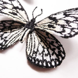 Embroidery butterfly brooch / Paper Kite Butterfly (medium)