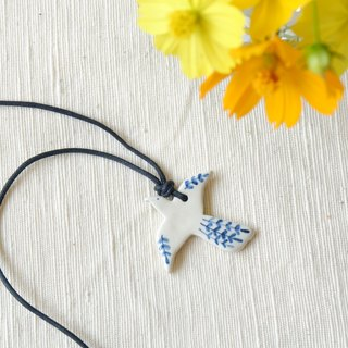 BIRD LEAF ฺNECKLACE